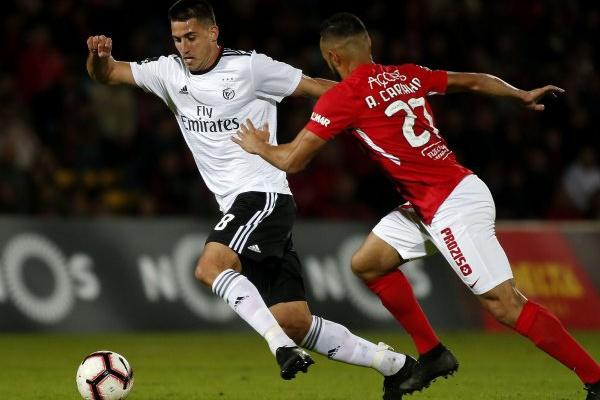 Síntese: Benfica vence nos Açores e recupera segundo lugar