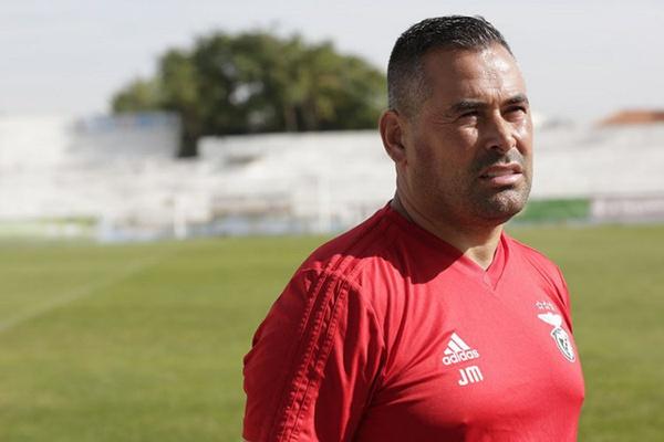 Técnico do Benfica antevê jogo da final da Taça «muito complicado» com o Valadares