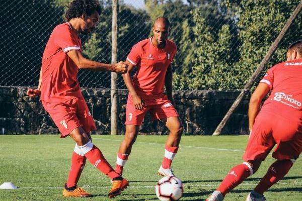 Ryller chamado por Abel Ferreira para deslocação a Tondela