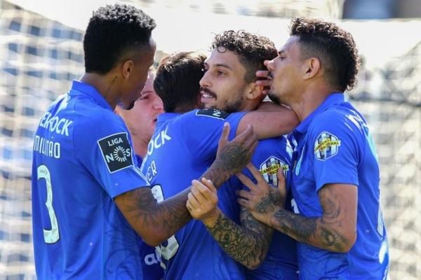 I Liga: FC Porto atira Nacional para a II Liga e deixa título em aberto até ao fim