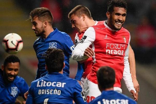 Crónica: Sp. Braga goleia Feirense com 'hat-trick' do 'matador' Dyego Sousa