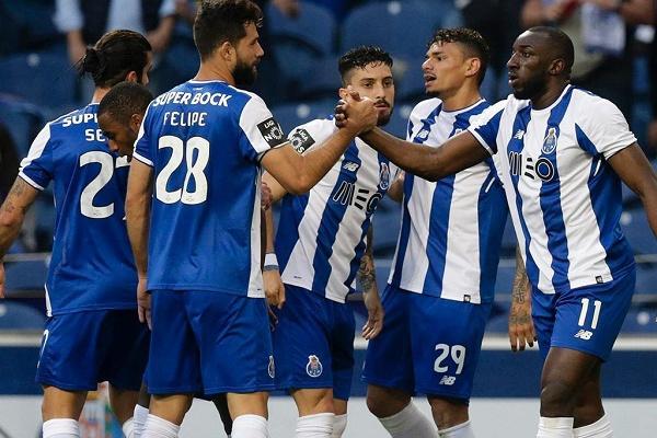 FC Porto com goleada de 8-0 ao Varzim em treino de conjunto