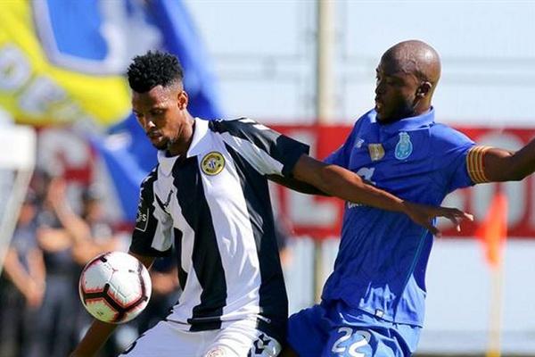 Crónica: FC Porto continua a sonhar com o título e Nacional já sabe que vai descer