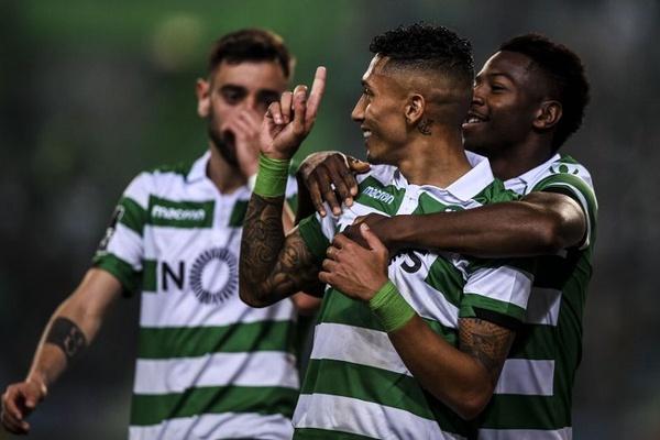Crónica: Sporting vence Santa Clara graças a distração da defesa açoriana