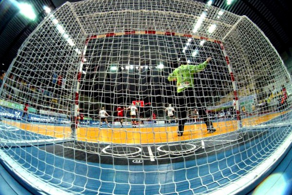 Supertaças de andebol e futsal podem vir a realizar-se no mesmo dia e local
