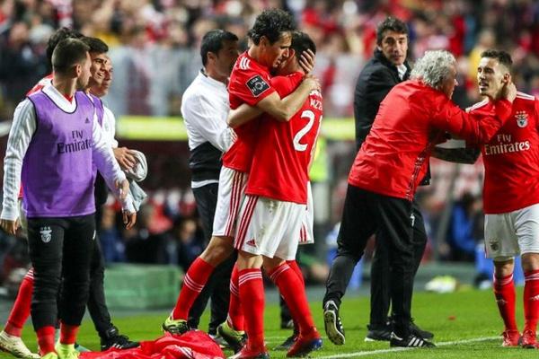 LE: Benfica defronta Eintracht com saldo negativo com equipas alemãs