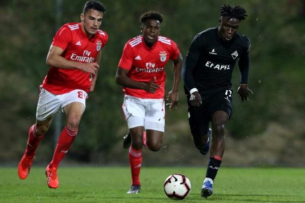II Liga: Académica vence Benfica B e regressa aos triunfos