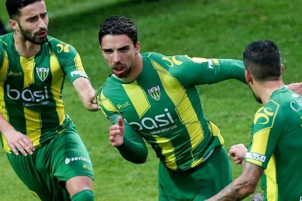 Taça da Liga  Tondela vence Setúbal e deixa Braga muito perto da final four 36ae9341b976b