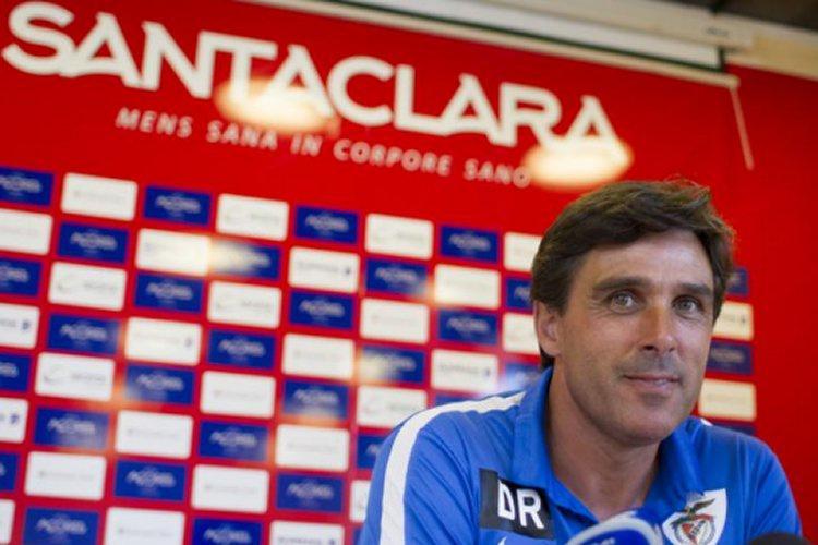 Santa Clara: Daniel Ramos diz que «ruído» sobre saídas «não perturba o  grupo de trabalho» | Futebol 365