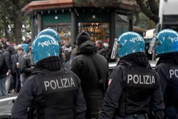 Quatro feridos com gravidade após confrontos entre adeptos de Lazio e Sevilha