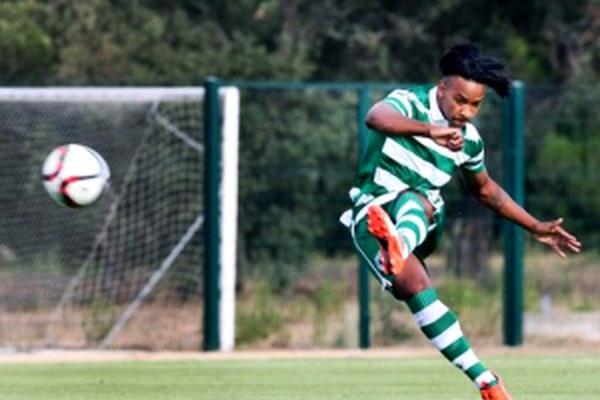 Segunda Liga: Sporting B goleia Oliveirense com um 'bis' de Chaby