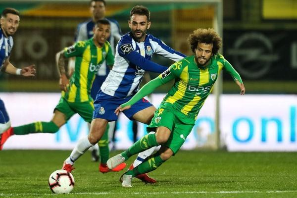 Síntese: FC Porto passa teste de Tondela antes do clássico