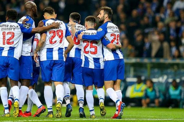 FC Porto tenta segurar liderança em Tondela antes do 'clássico'