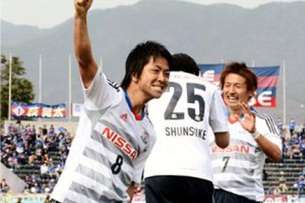 Japão: Kazuyoshi Miura estendeu o seu próprio recorde