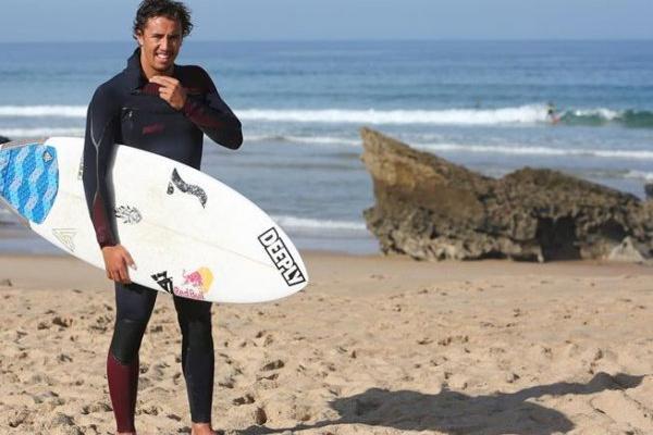 Surf: Vasco Ribeiro eliminado em prova australiana do circuito de qualificação