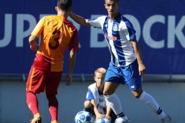 Youth League: FC Porto vai defrontar o Midtjylland nos quartos-de-final