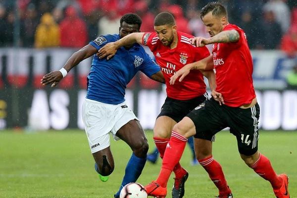 FC Porto paga 15 mil euros devido a críticas à arbitragem do Feirense-Benfica