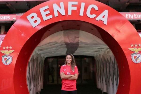 Benfica reforça futebol feminino com internacional brasileira Rilany