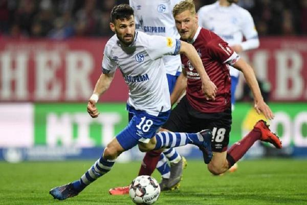 Alemanha: Nuremberga empata com Schalke e fica mais perto da descida