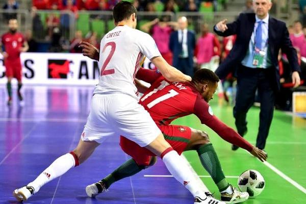 Futsal  Portugal vence Espanha e sagra-se campeão europeu  fbd2477cab33a