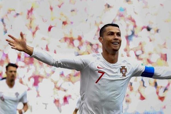 Cristiano Ronaldo candidato a melhor jogador do ano da UEFA e Messi de fora