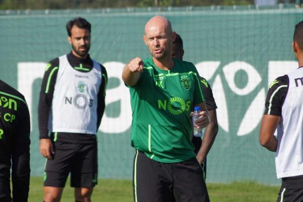 Pedro Marques chamado ao treino de um Sporting quase na máxima força
