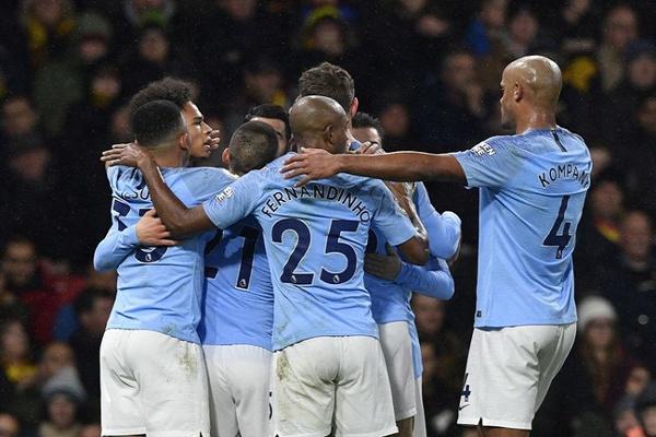 Manchester City 'atropela' Chelsea com a maior derrota em 28 anos