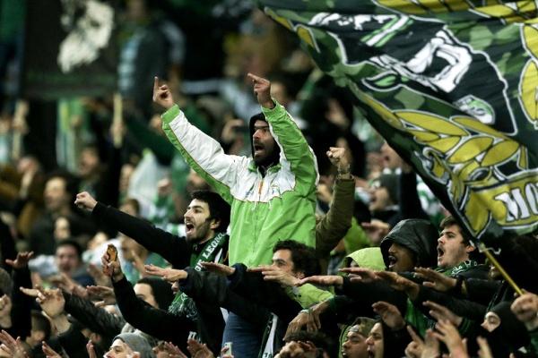 Revista 'Four Four Two' atribui ao Sporting prémio de «clube do ano em crise»