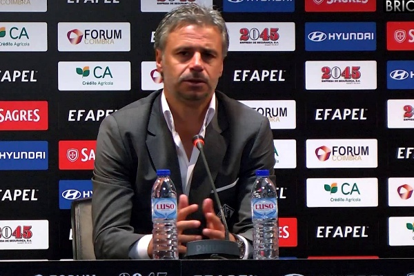 II Liga: Filipe Gouveia demitido no Leixões após derrota com Cova da Piedade
