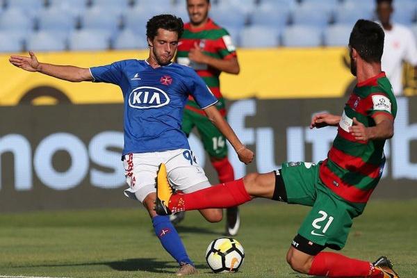 Filipe Chaby desfalca Belenenses durante quatro semanas devido a lesão