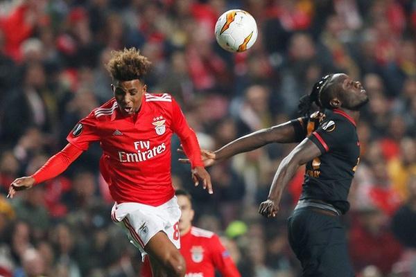 LE: Benfica empata com o Galatasaray e está nos oitavos de final