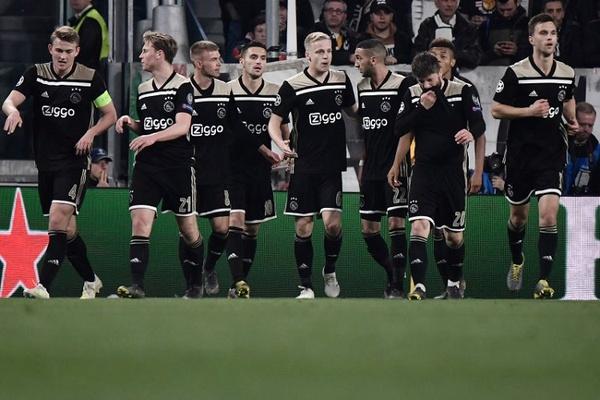 LC: Ajax vence Juventus e apura-se para as meias-finais