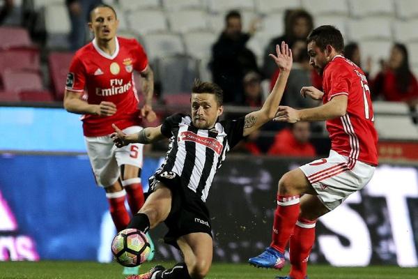 I Liga: Veja as equipas titulares de Benfica e Nacional para o jogo de hoje