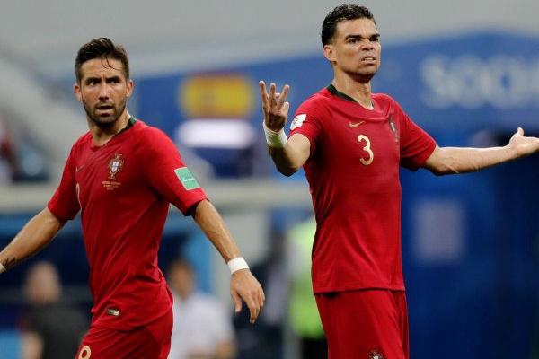 Pepe e Bernardo Silva dispensados da seleção para o particular com a Escócia