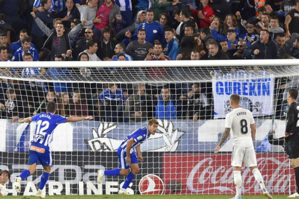 Espanha: Real Madrid perde com o Alavés e soma quarto jogo consecutivo sem ganhar