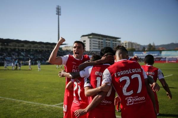 Crónica: Sporting de Braga mantém-se na luta pelo título com vitória no Bonfim