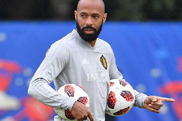 Thierry Henry promovido a treinador adjunto da seleção belga