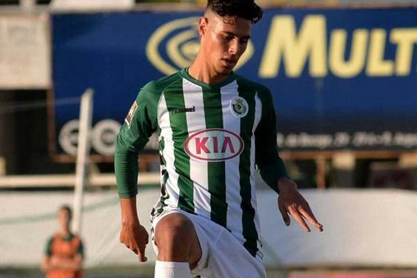 André Pedrosa vai ser operado e não joga mais esta época pelo Vitória de  Setúbal 719b458b0db82