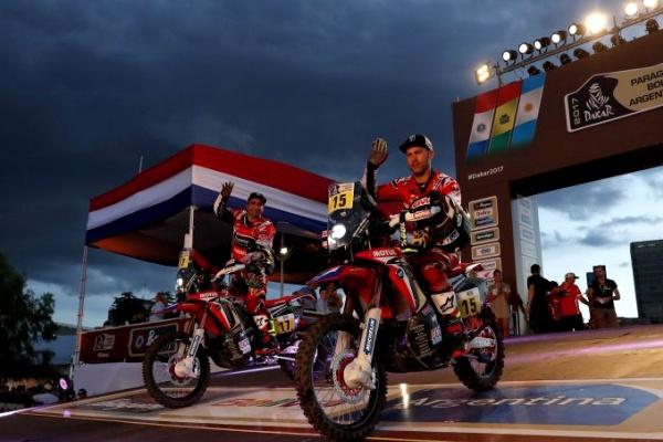 Paulo Gonçalves quinto nas motos na primeira etapa do Dakar-2017