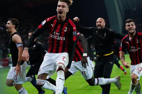 AC Milan recorre da penalização por incumprimento do 'fair-play' financeiro