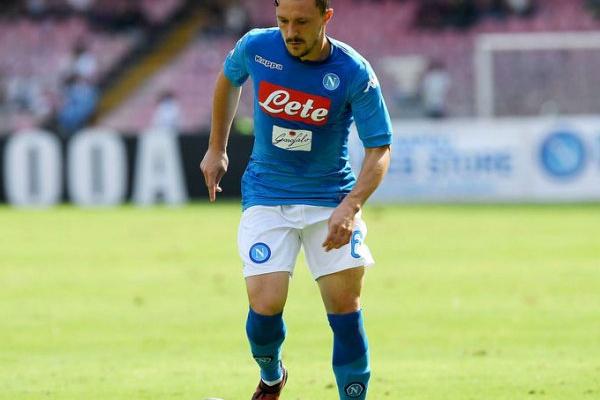 Itália: Nápoles cede empate em Florença e fica sem Mário Rui