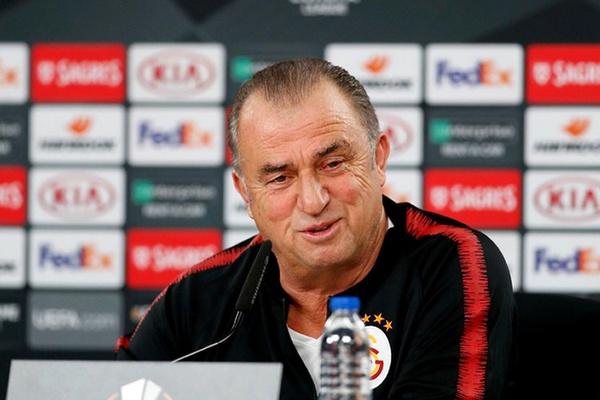 Fatih Terim: «O Benfica é favorito, temos que admitir isso»