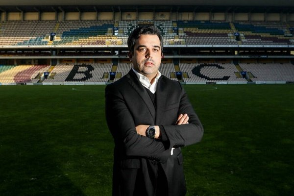 Presidente do Boavista ataca «conversas de café» e «grunhos do futebol»