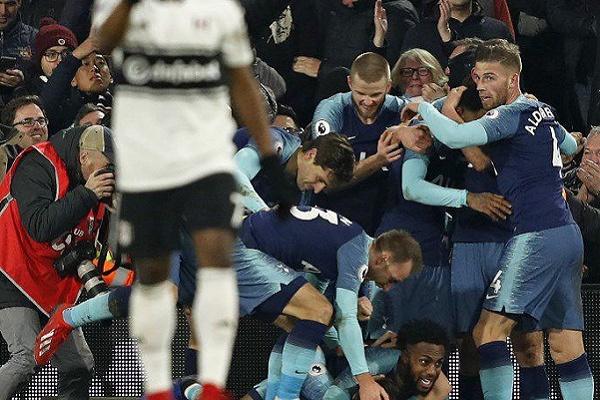 Tottenham 'sobrevive' às ausências de Kane e Son e vence nos descontos