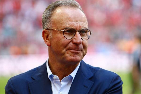 Karl-Heinz Rummenigge continua na direção do Bayern de Munique até 2021