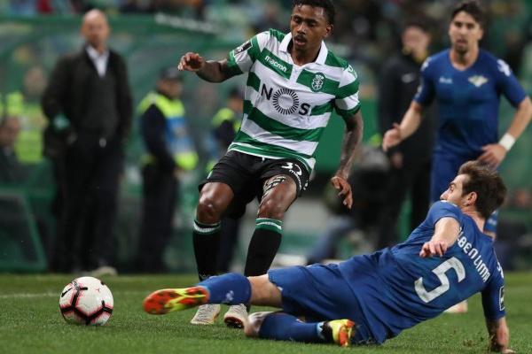 Síntese: Sporting «imita» rivais diretos e também não cede pontos