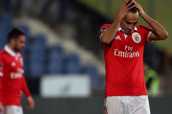 Benfica apresenta lista de convocados com Jonas e Castillo como grandes ausências