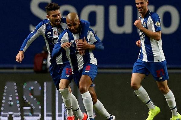 LC: FC Porto com 21 convocados e sem Corona para jogo com a Roma