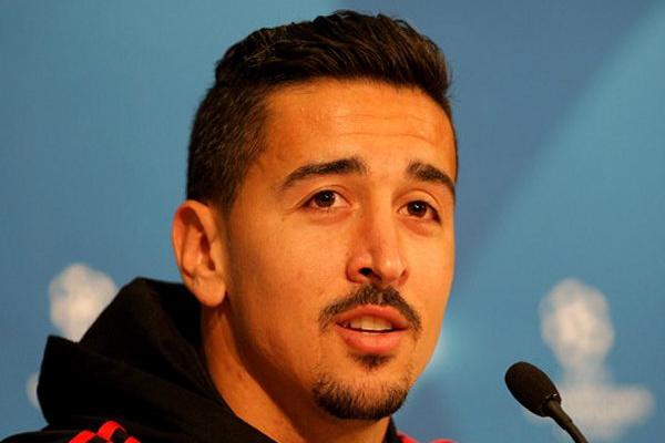 LC: André Almeida «não assinaria empate» do Benfica na visita ao Ajax