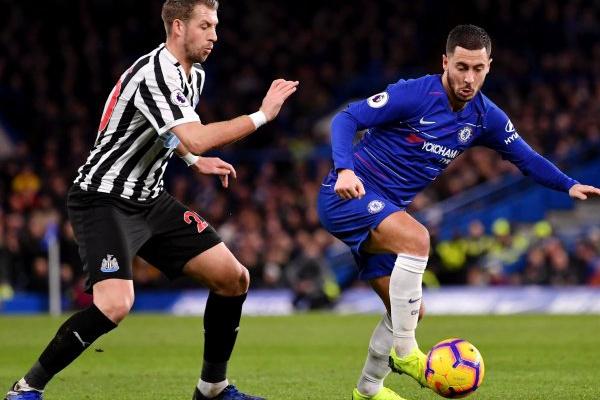 Inglaterra: Chelsea vence o Newcastle e consolida quarta posição da Premier League
